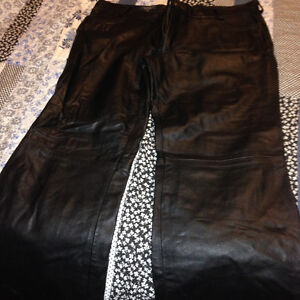 screaming eagle leather pants size 38