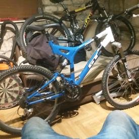 Gt I drive 4.0 full suspension mounting bike.