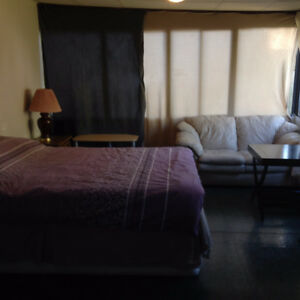 Furnished rooms rented by day /week, suitable for travelers ,