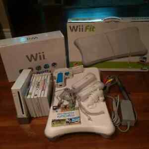Wii Console with Accessories Plus Wii Balance Board and Games Kitchener / Waterloo Kitchener Area image 1