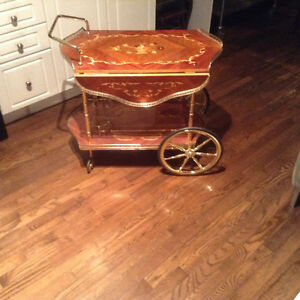 Coffee and tea table/rolling cart Windsor Region Ontario image 1