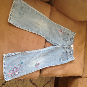 Girl's size 6 jeans and pants London Ontario image 3