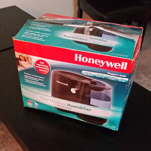 Humidifier - moving sale