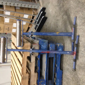 Free-standing, adjustable rollers - heavy duty