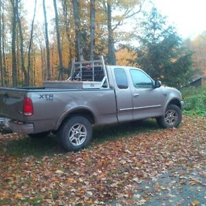2002 Ford F-150 SuperCrew Pickup Truck Kawartha Lakes Peterborough Area image 1