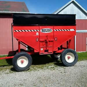 NEW BRUNS GRAVITY WAGONS