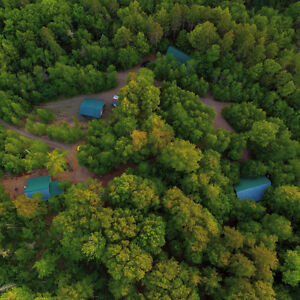Rustic Log Chalets near Mt Thom, Find Your Paradise!!