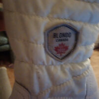 BLONDO WINTER BOOTS (WOMEN) SZ 11