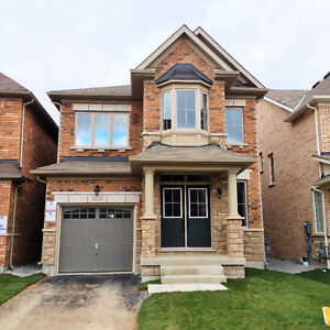 FOR RENT: Whole 4BR Detached House in Kleinburg Vaughan