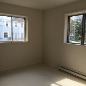 Spacious 2 Bedroom Apartment in Great Location! Kingston Kingston Area image 7