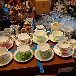 collectibles glass tea cups