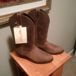 Leather Cowboy boots - Brand New