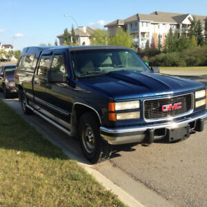 *Comes with Winter tires* 1995 GMC C3500 6.5L diesel