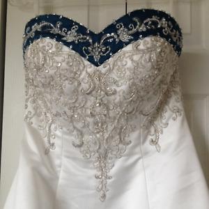 *REDUCED* WEDDING DRESS white & dark teal dress
