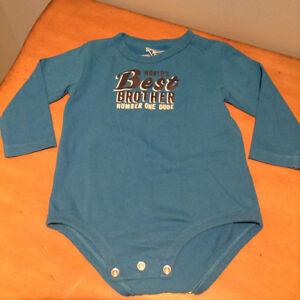 Onesie short and long sleeve tops 18-24 months.....like new! West Island Greater Montréal image 3