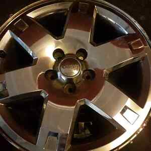 17in OEM JEEP ALLOY RIMS  (Set 4)