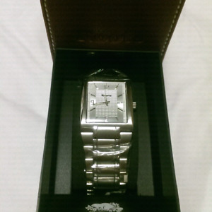 Brand new in box Roots Watch
