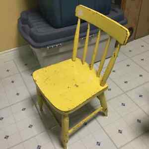 4 ANTIQUE SOLID WOOD CHILDRENS CHAIRS