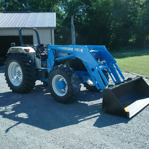 Ford 5640 4x4 tractor
