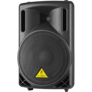 Speaker Behringer B212 A et table de mixage Eurorack UB1622FX-PR