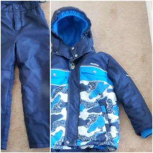 Kid boy winter suit size 7