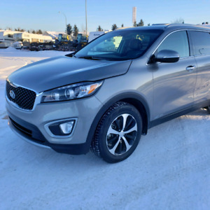18 Kia Sorento EX+ AWD 7 Passengers *Leather, Panoramic Roof
