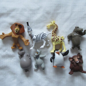 2008 MCDONALDS MADAGASCAR 2 La Grande Évasion LOT set 8 FIGURINE