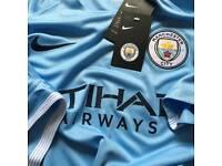 Manchester City 2017/18 Home Shirt