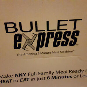 Bulet express 8mn meal machine new in box