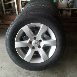 2015 Winter Tires 215 60 16 on Genuine Nissan Aluminum 5 Spoke
