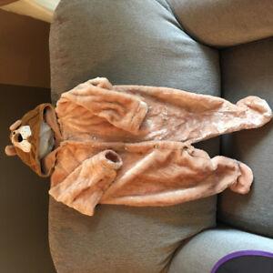 Lion costume, size 12 months