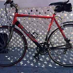 Vélo de route Louis Garneau Motion 2.0 a vendre