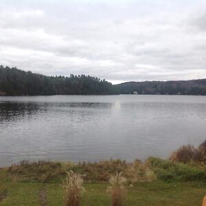 Chalet à louer pour la saison estivale au lac des français
