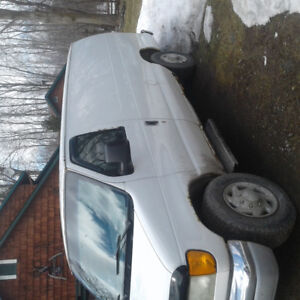 2004 Ford E-250 Other