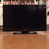 "SONY BRAVIA 32"" LCD TV for sale"