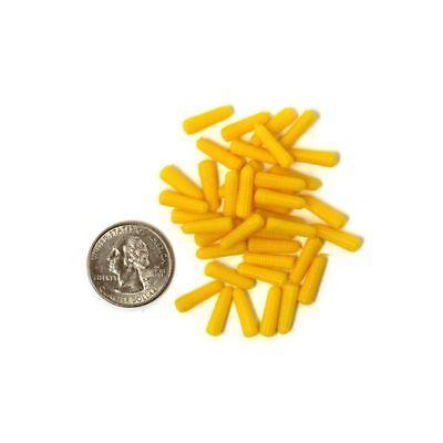 Ear Corn Bag (9/16 Inch Yellow Ear Corn, Bagged,1/16 scale,  Farm Toy, 2oz, plastic)