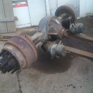 Rear axle International/ Wheels Kitchener / Waterloo Kitchener Area image 1