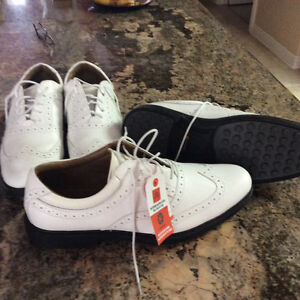 golf spikless shoes