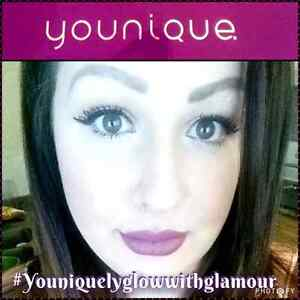 Youniquely glow with glamour