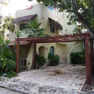 Playa del carmen.- 4 Br Villa, steps from the best beach