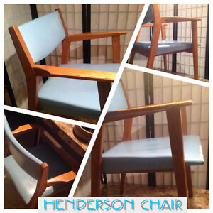 Chaise Henderson Chair Baby Blue. Vintage
