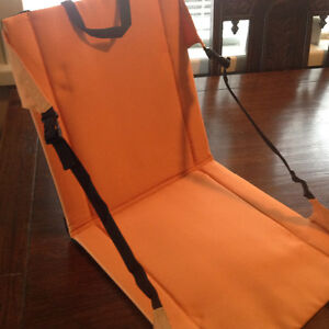 PORTABLE FOLDING MULTI-PURPOSE / STADIUM SEATS