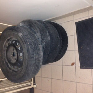 Set of tires with rims must go today 50$! Kitchener / Waterloo Kitchener Area image 2