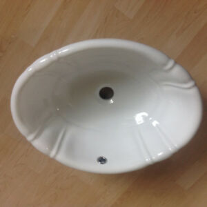8bf337191788 Washroom sink ( brand new ) retails for 70 plus tax will let go