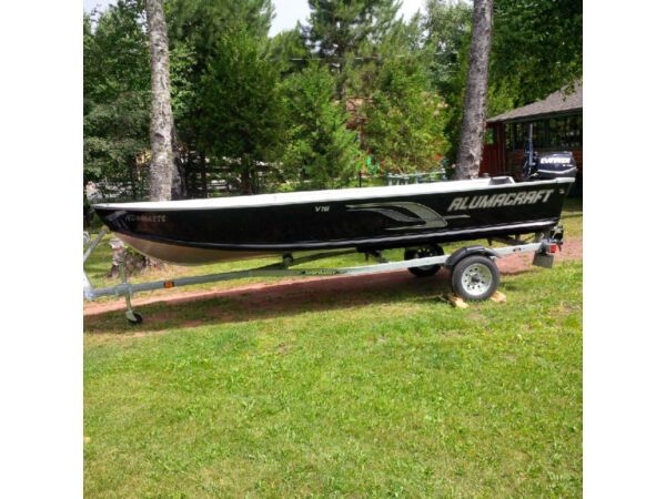 Used 2014 Alumacraft Boat Co V16