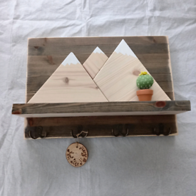 "Wooden rustic key hanger rack ""Mountains"""