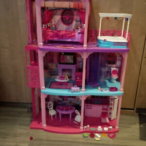 Barbie (house, doll, car...) (maison, voiture, cheval, ...)