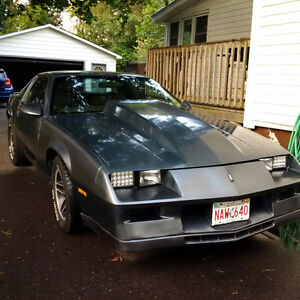1983 Chevrolet Camaro Z28 Coupe (2 door)