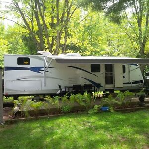 4 bunk 32' travel trailer with slide out