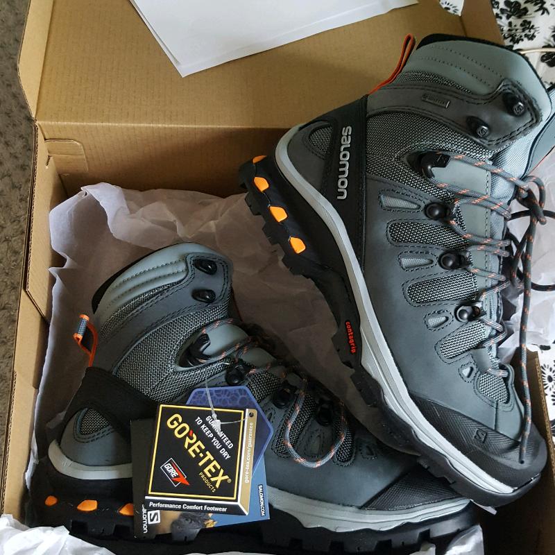 Walking boots Salomon Quest 4D GTX   in Dunfermline, Fife   Gumtree